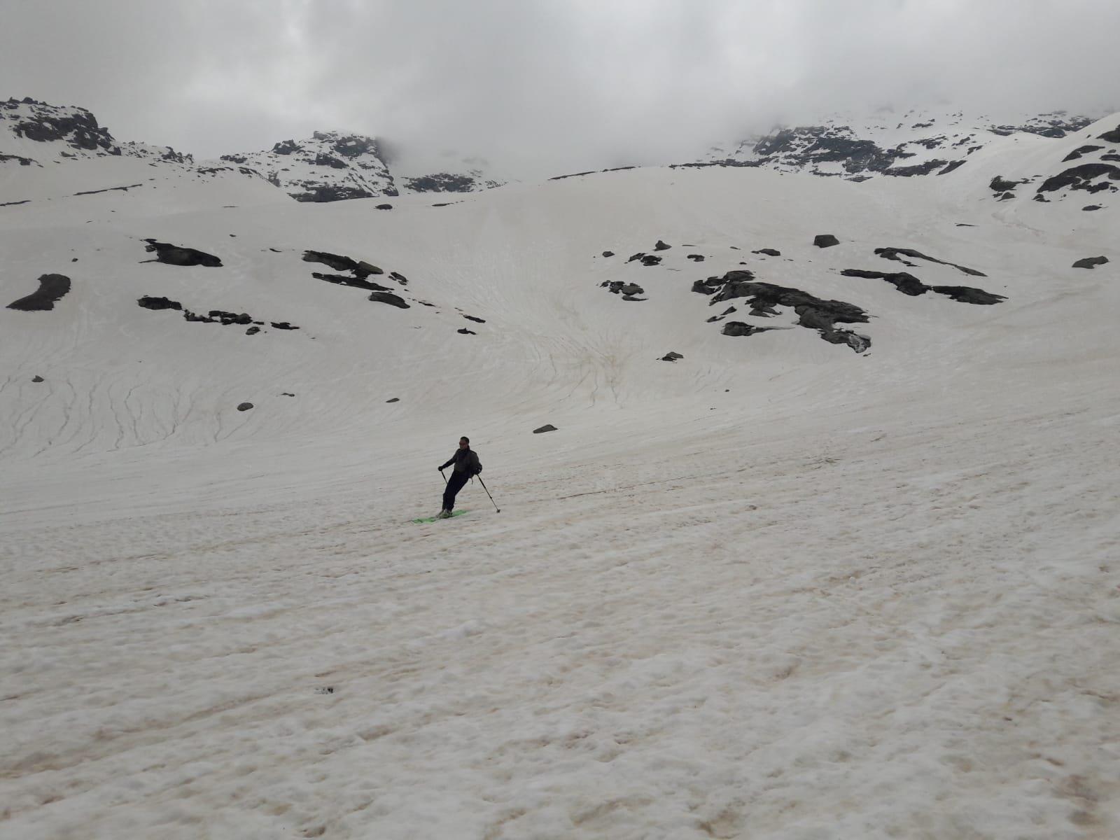 Neve pesante ma comunque ben sciabile