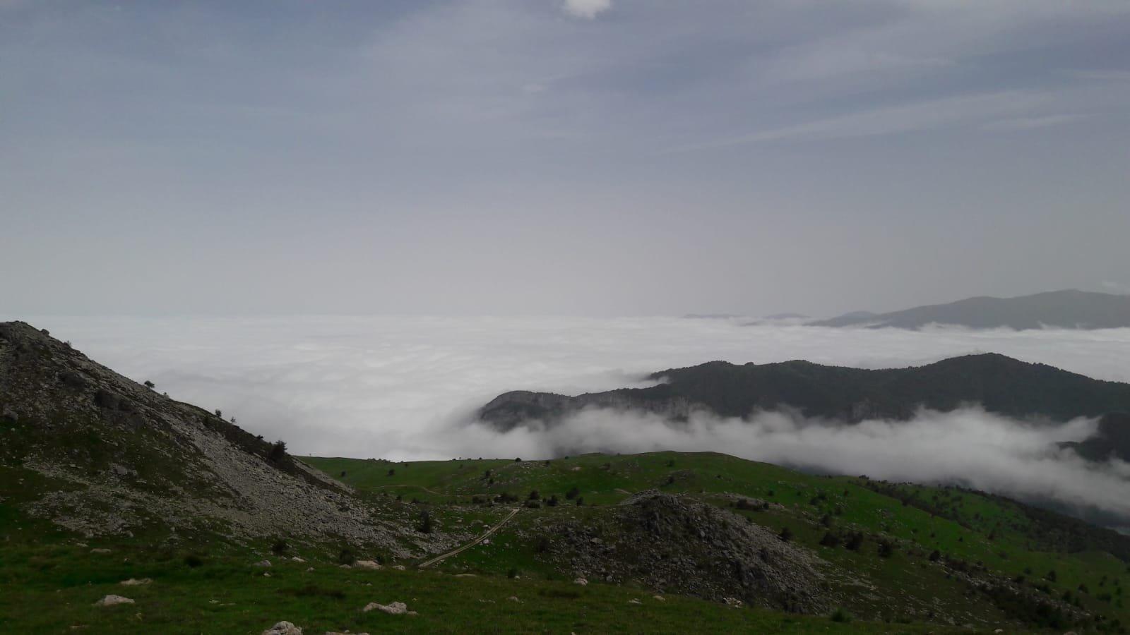 suggestivo mare di nuvole
