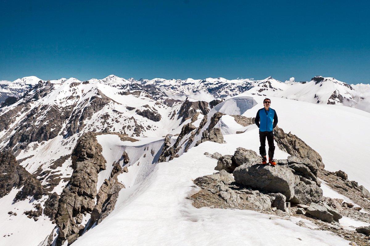 Vetta e panorama verso il Monte Rosa
