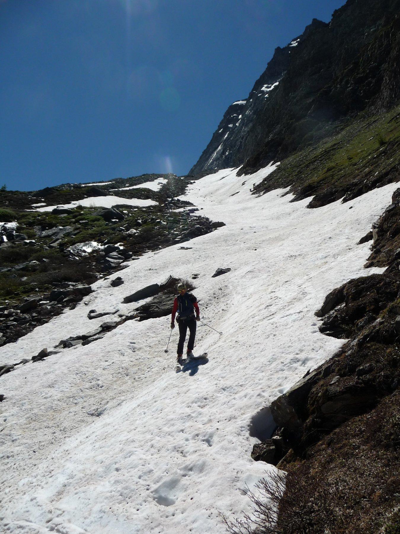 Ultima lingua di neve sotto il traverso