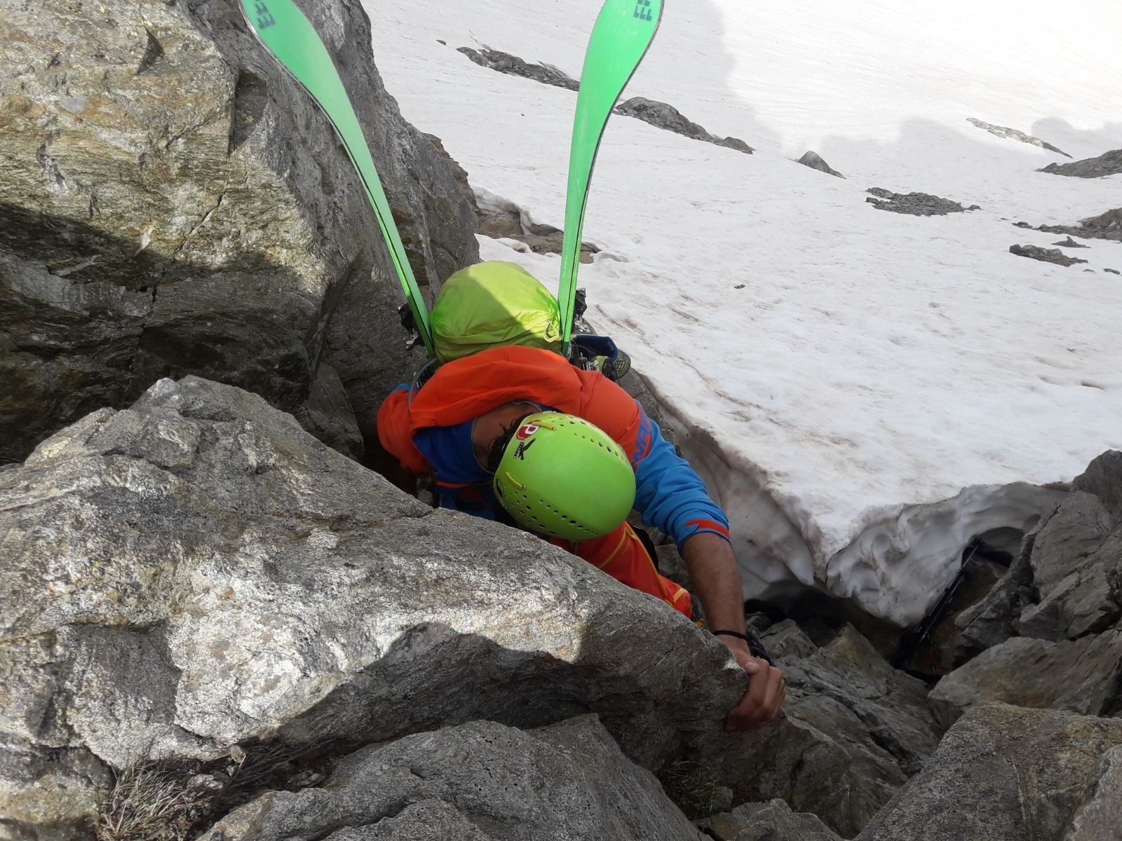 Discesa sbagliata del passaggio dei ghiacciai