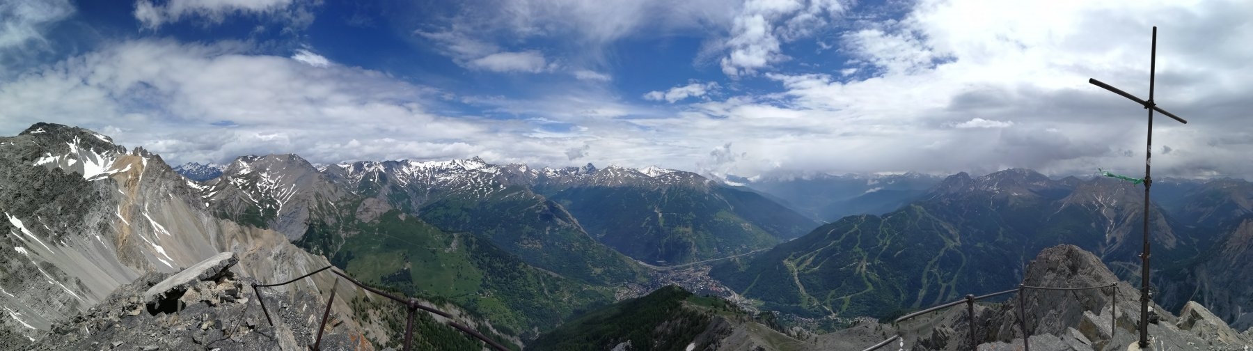Panorama dalla vetta lato conca di Bardonecchia
