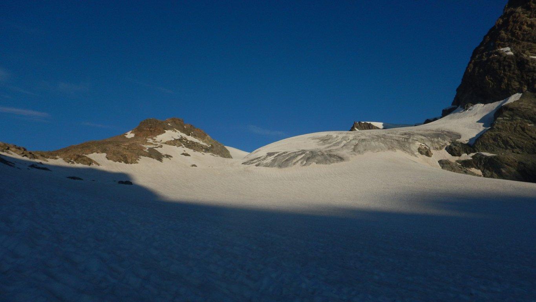 Prime luci sul ghiacciaio