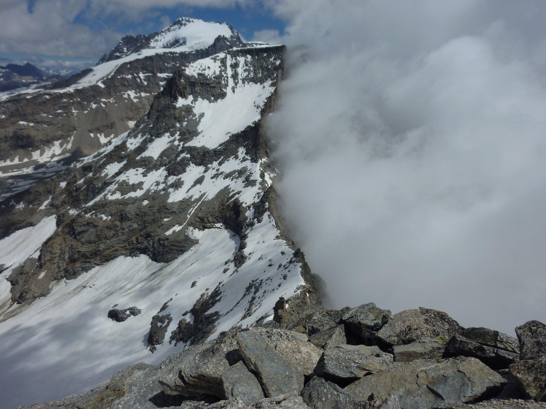 panorama dalla cima: cresta della v. Norm.
