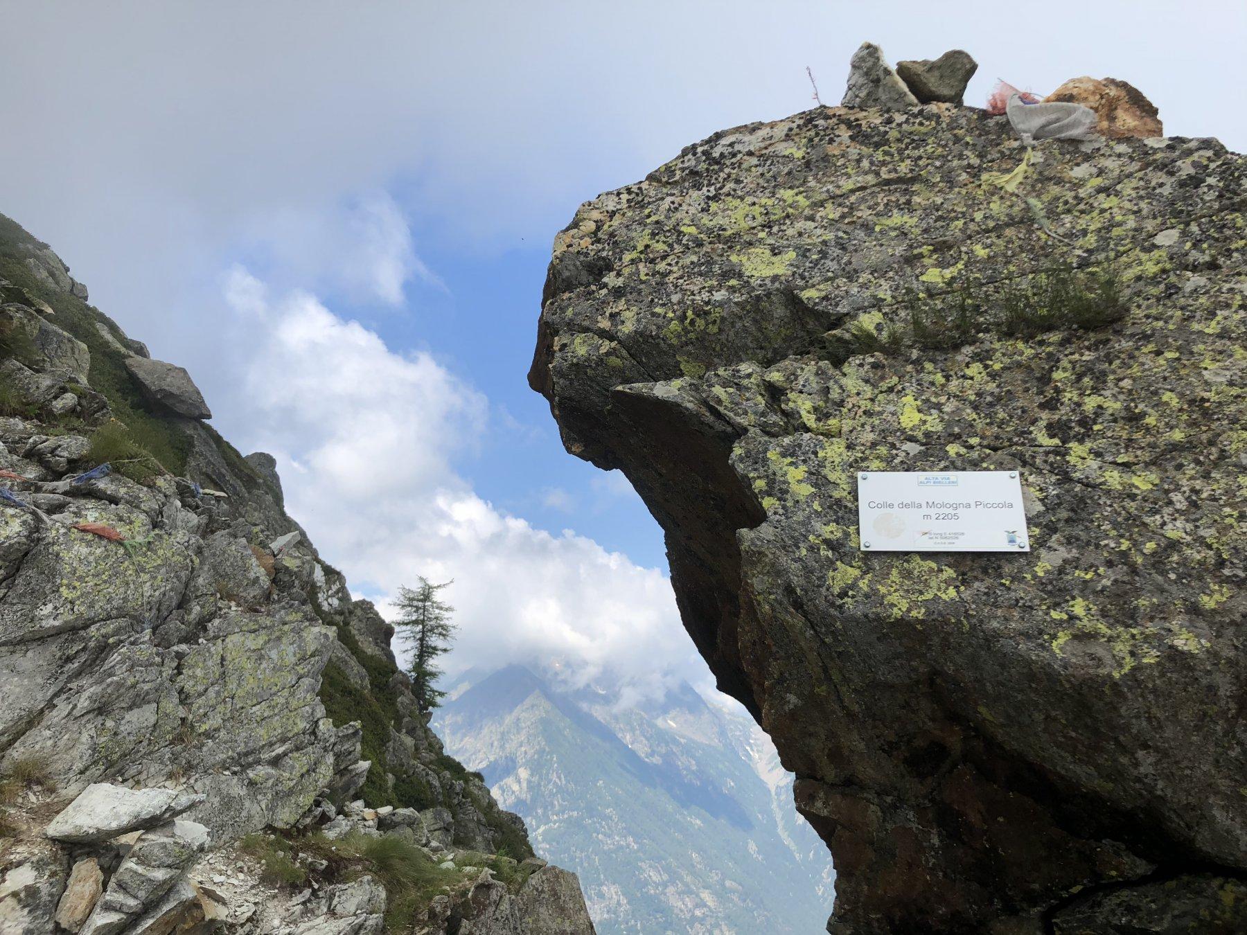L'intaglio del colle con vista verso Gaby e Mont Nery (coperto)