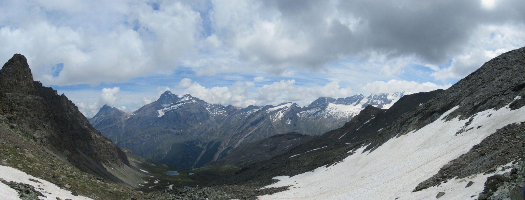 Panorama dal Colle verso la Grivola e Gran Paradiso