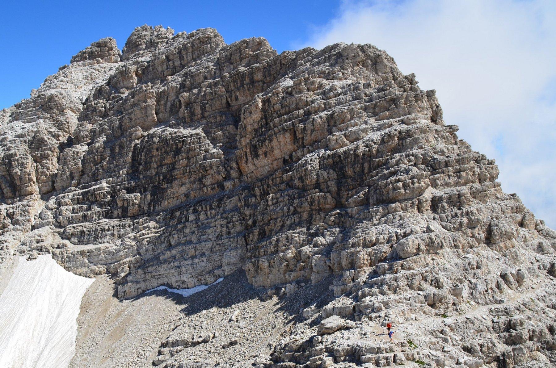 La frastagliata cresta sud del Campanile di Vallesinella