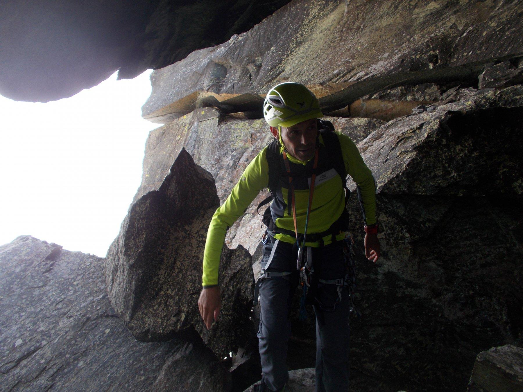 entrando nella grotta..
