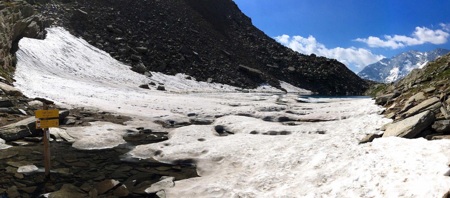 Lago Losere e  primo nevaio