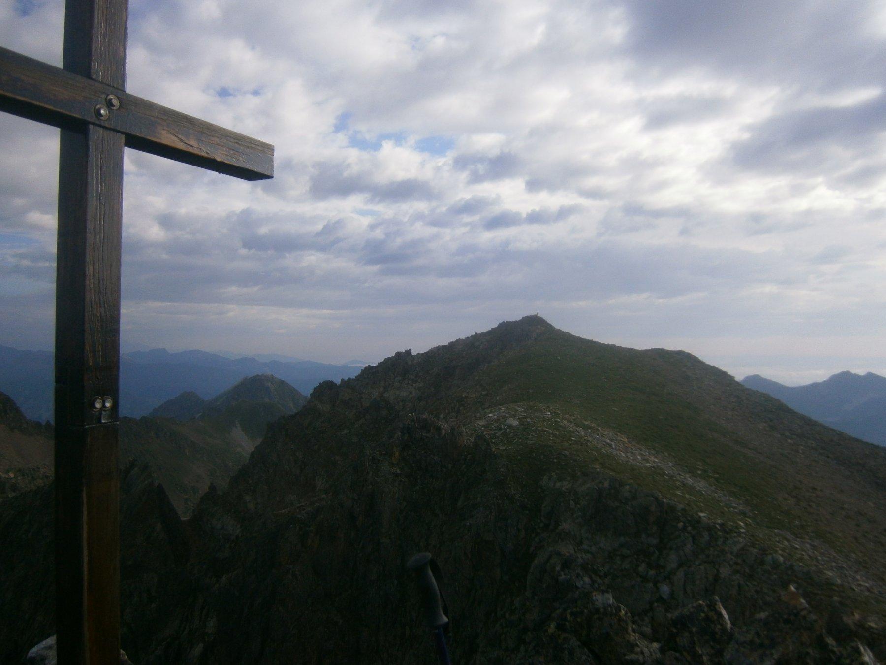 M. dell'Aver, croce cima centrale