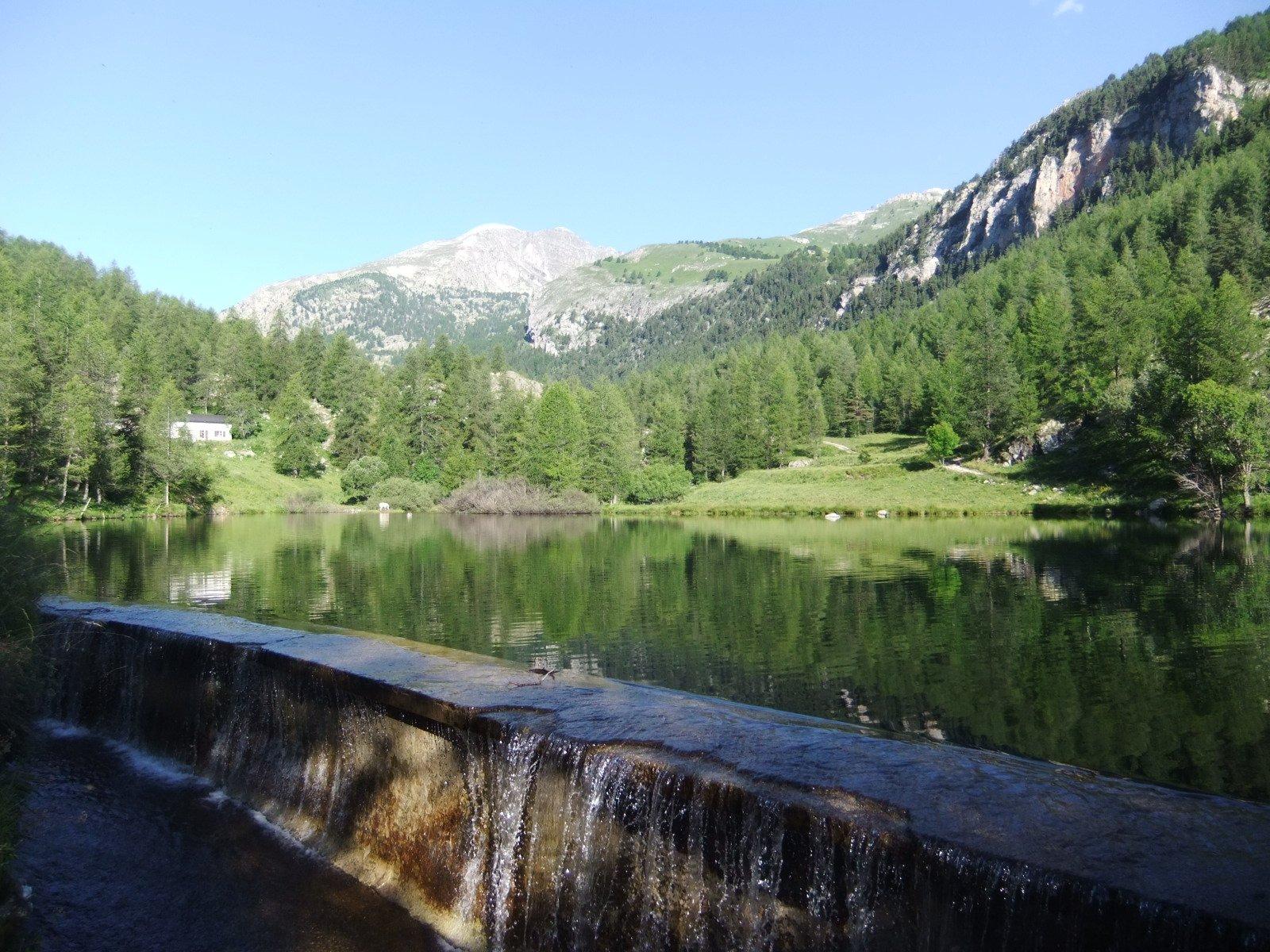 Dal Lac de la Miniere si vede il Bego