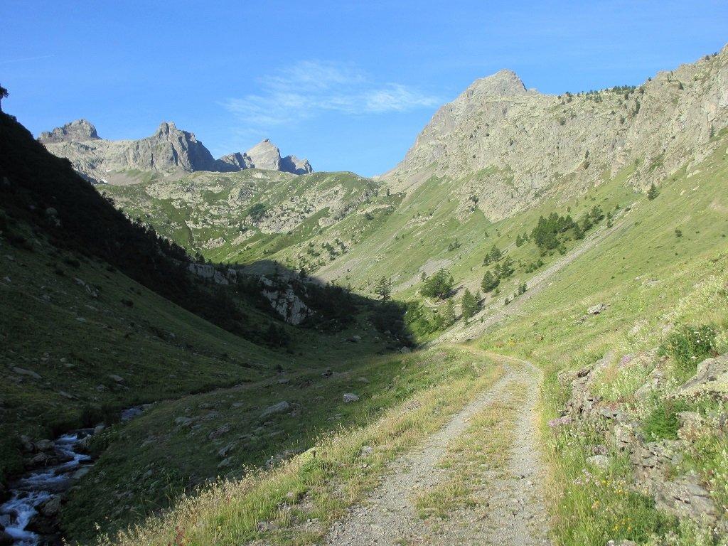 Il vallone del Piz con la punta Zanotti,Rocca Rossa,e a dx Becco Alto del Piz