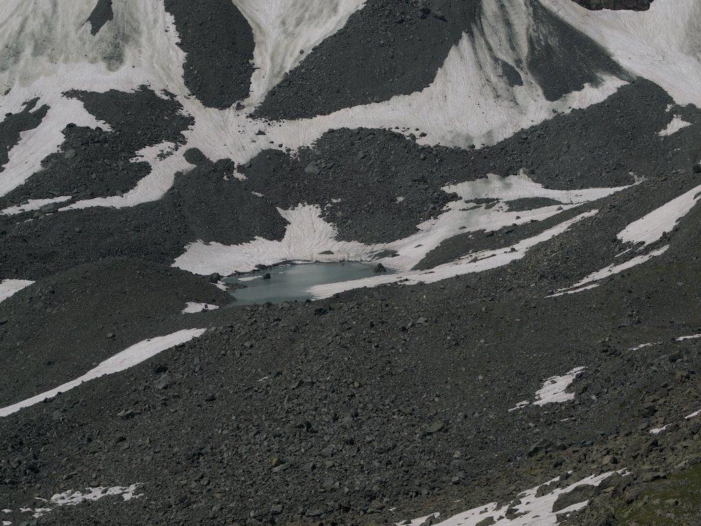 Laghetto glaciale q.2596 m.