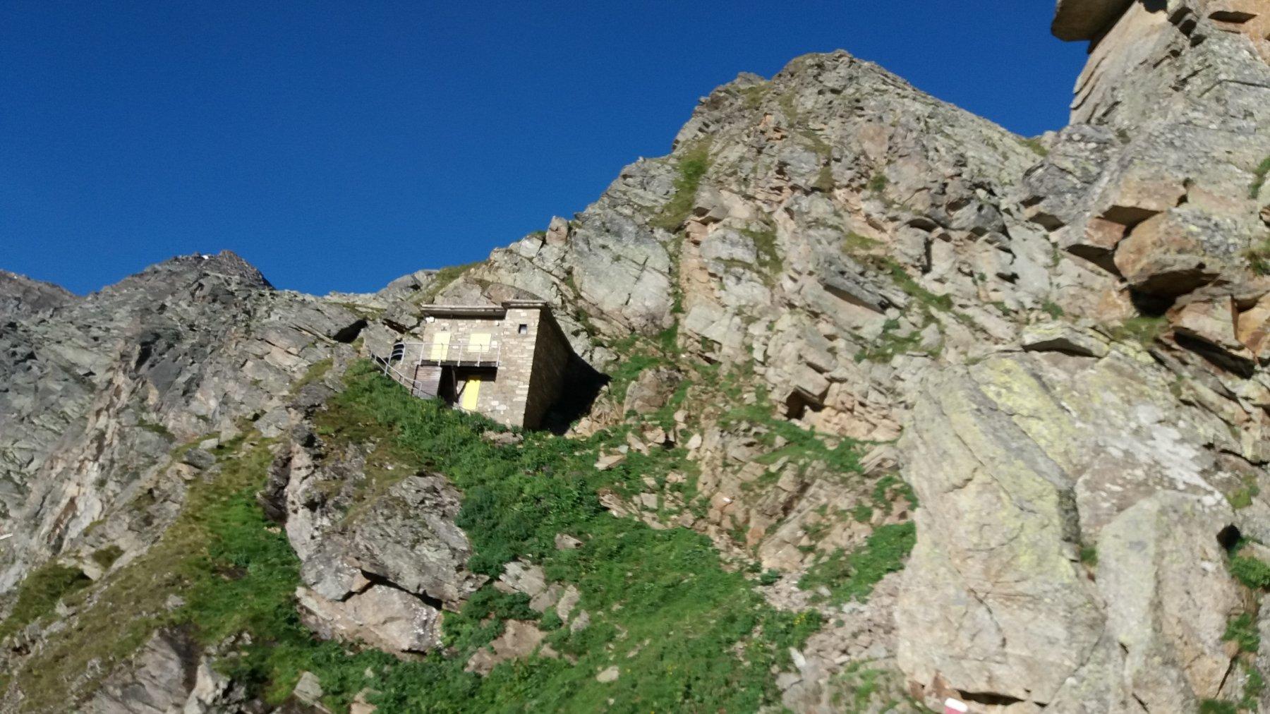 Il rifugio Pian della Ballotta a quota 2.470.