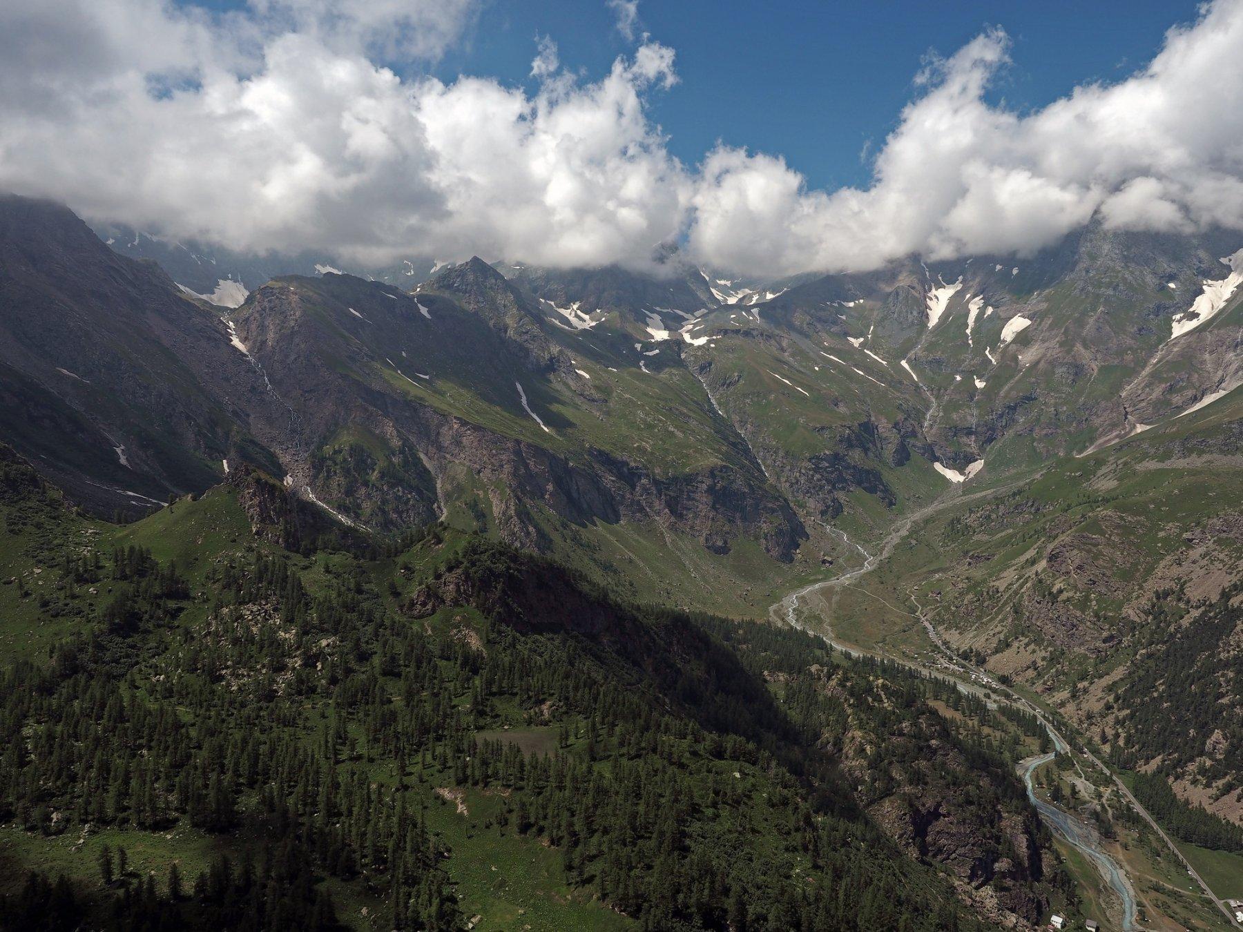 Panorama dalla Rocca Tovo verso il fondo del Pian della Mussa