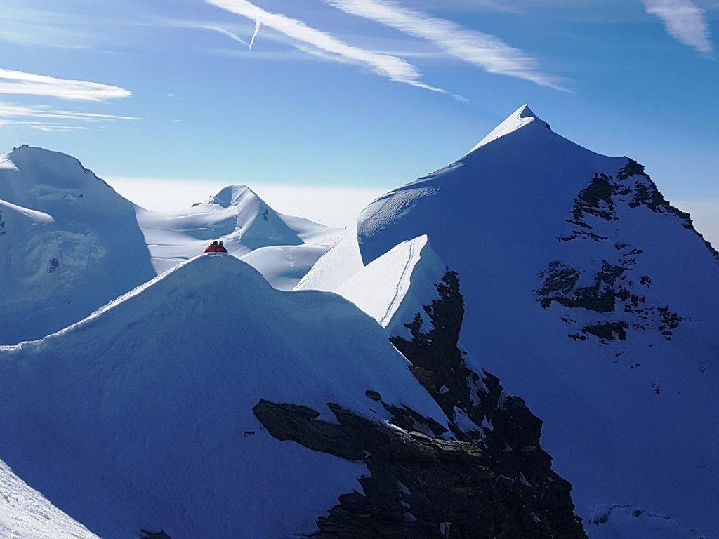 Orientale, massima elevazione e la traversata tra le 2 punte, parte nevosa.
