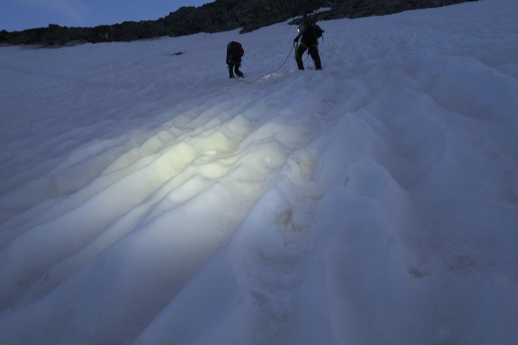 l'inizio del secondo ramponamento che si conclude alla Schneegrat, la spettacolare cresta finale
