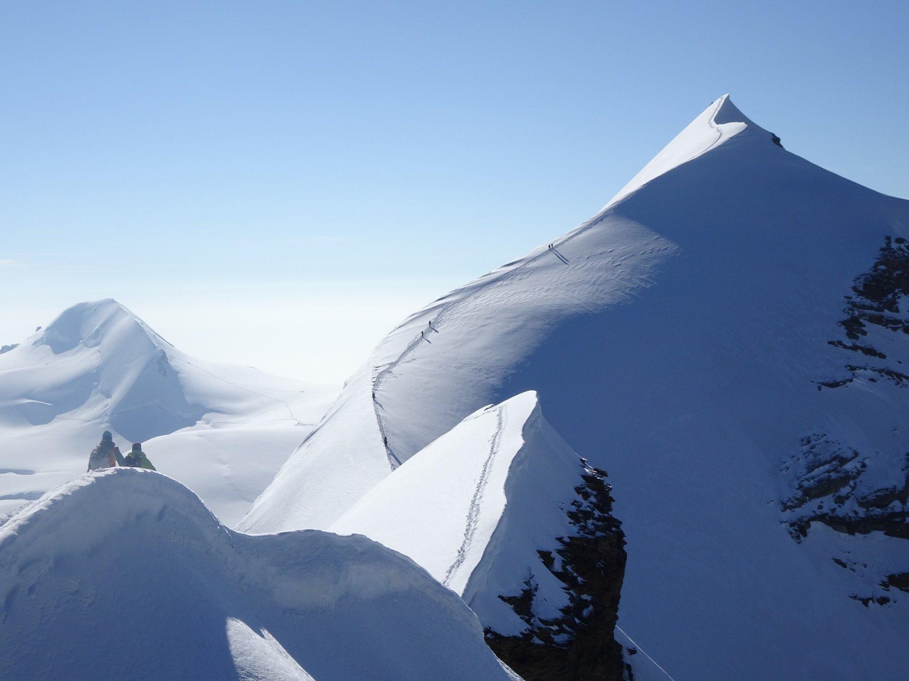 Cresta di discesa dalla vetta Orientale