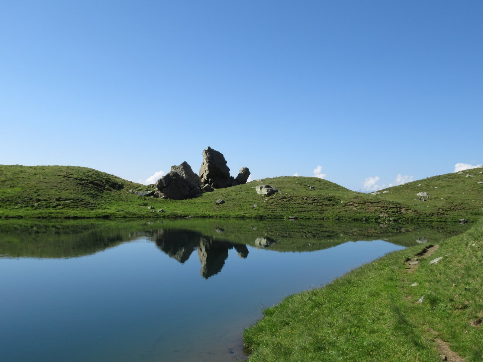 riflessi al lago della Manica