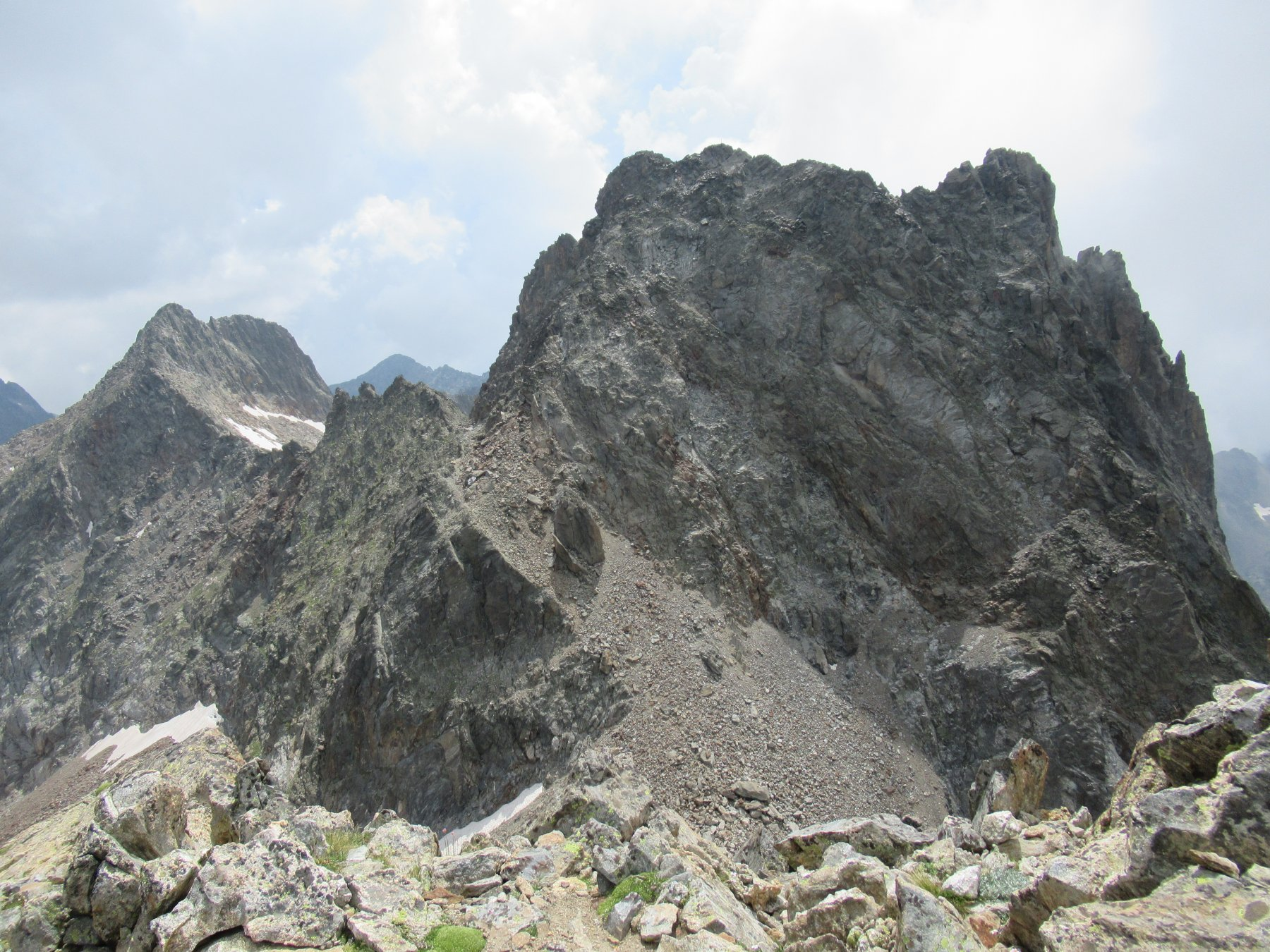 Cima di Nasta vista da Cima Paganini (m.3051).