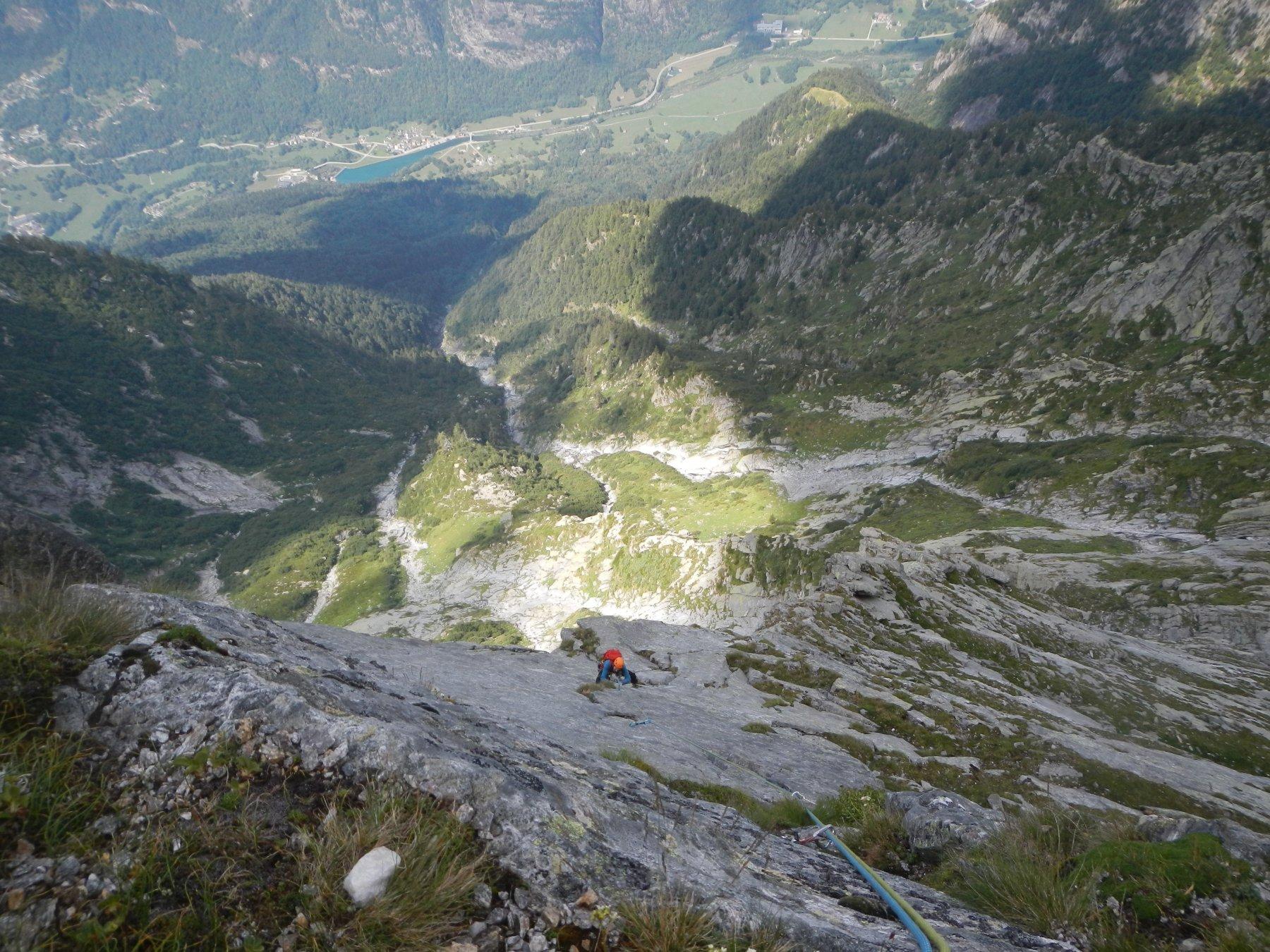 La L7 con la valle sullo sfondo.