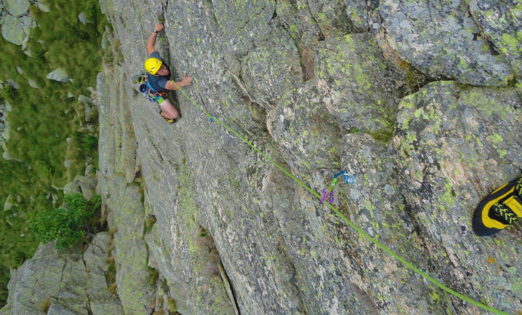Marco in azione sullo strepitoso muro compatto percorso da L3