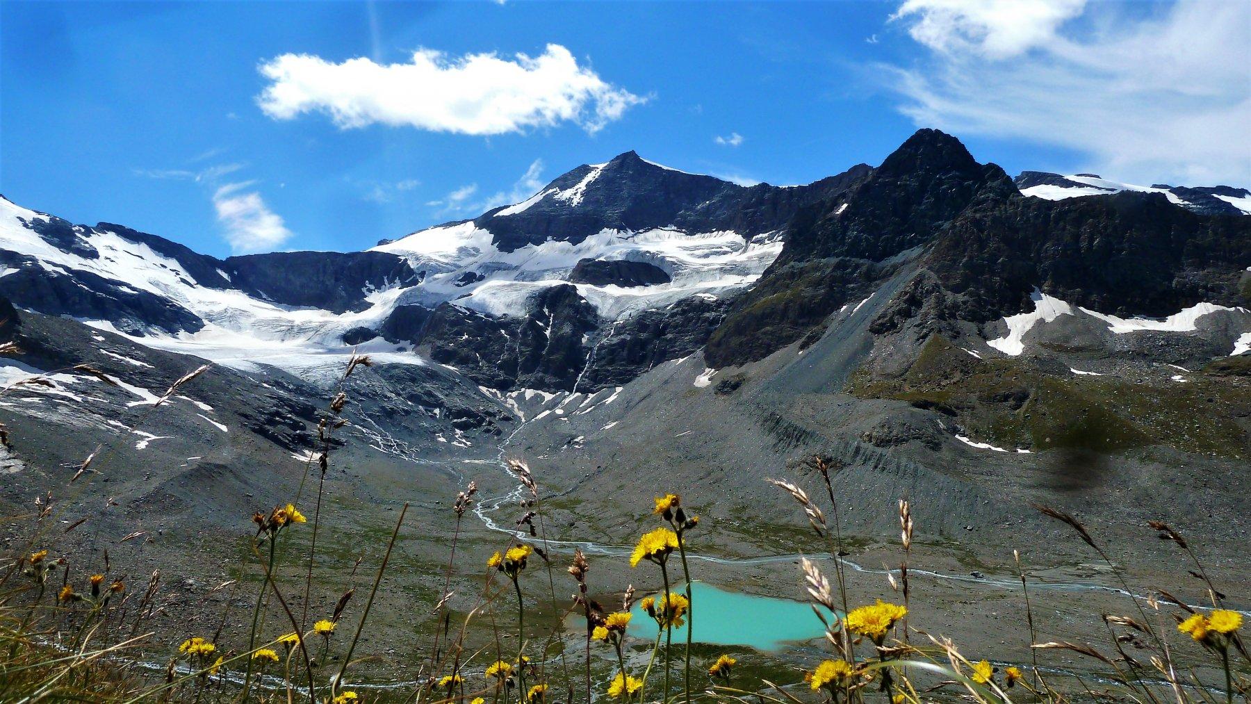 Grand Mean (Lac du) o Lac Nouveau da l'Ecot per il Refuge des Evettes e le cascate de la Recula 2018-08-11