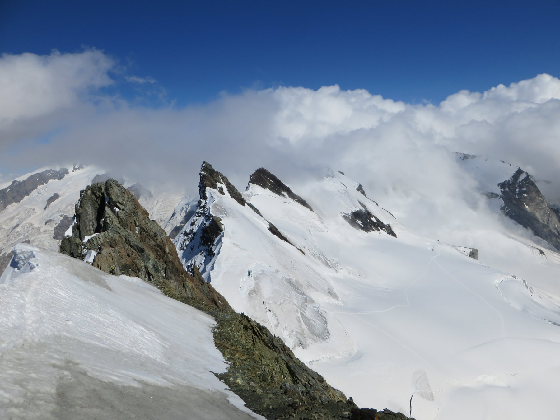 Dal Centrale una bella panoramica alla cresta percorsa