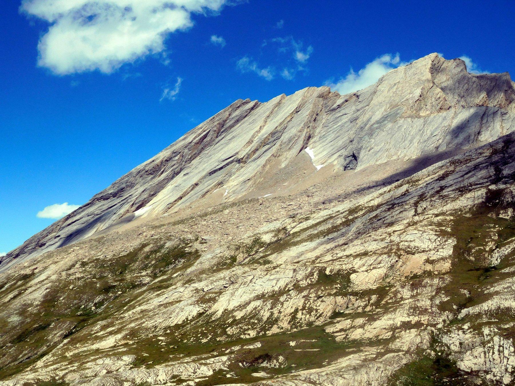 un ultimo sguardo a questa particolare montagna