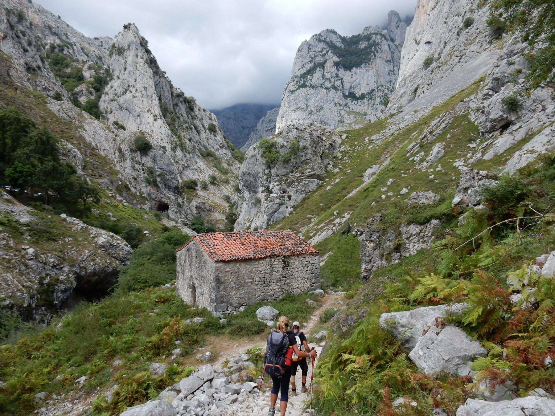 Picos de Europa (Anillo) tappa 8: dal Refugio Vega de Urriellu a Puente Poncebos 2018-08-14