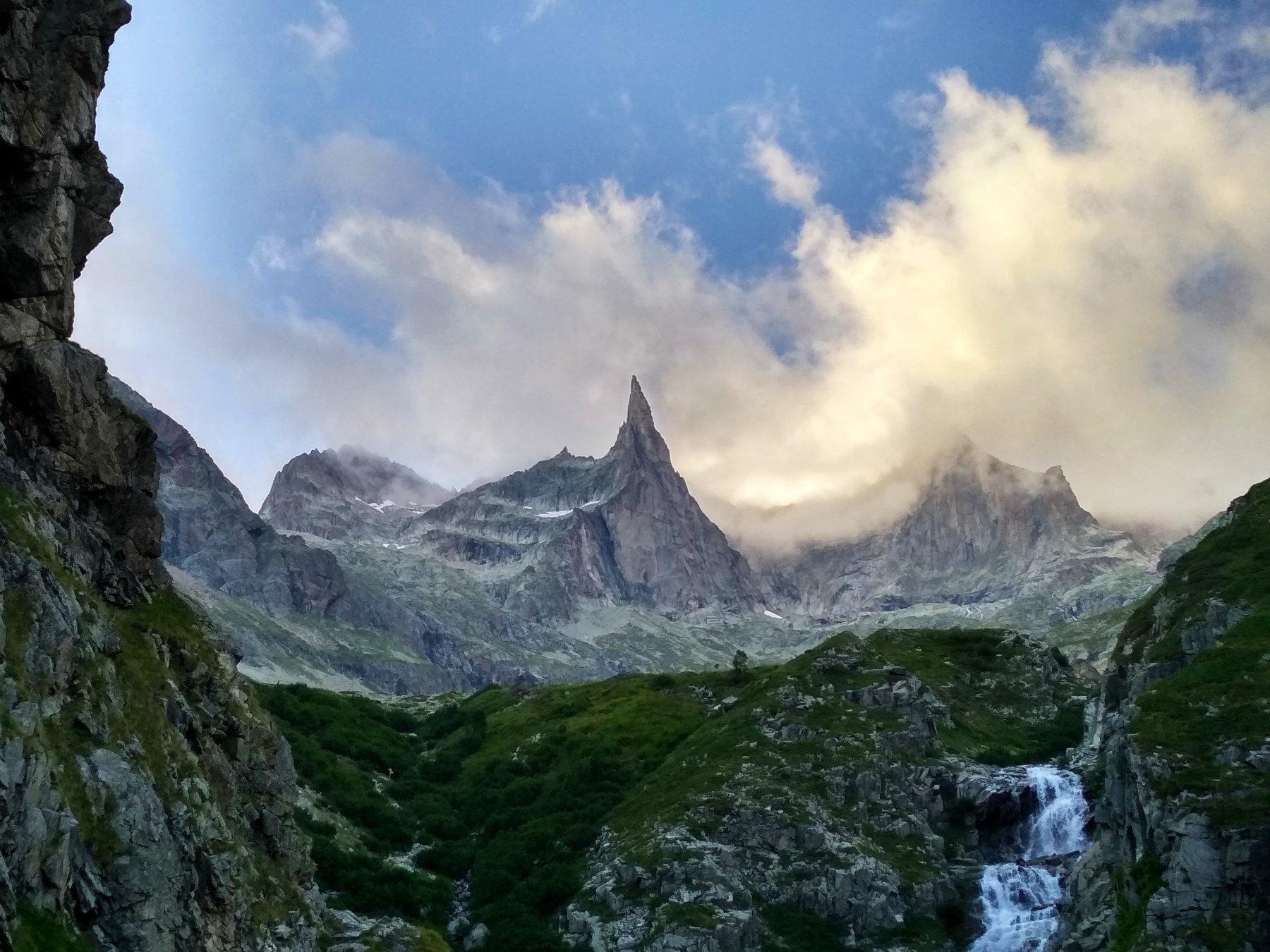 La Dibona, dal sentiero verso il rifugio.