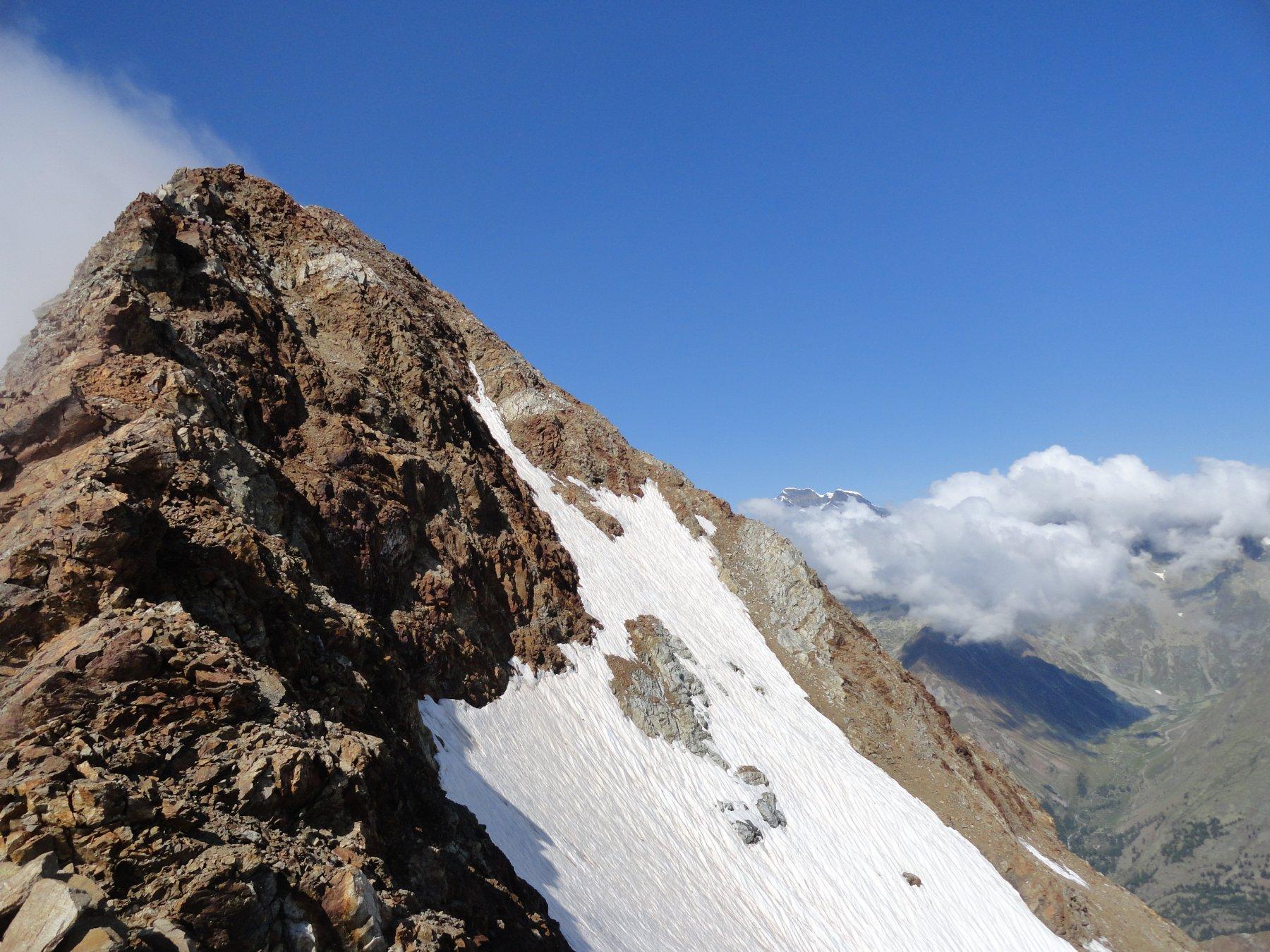 Sulla cresta in vista della cima