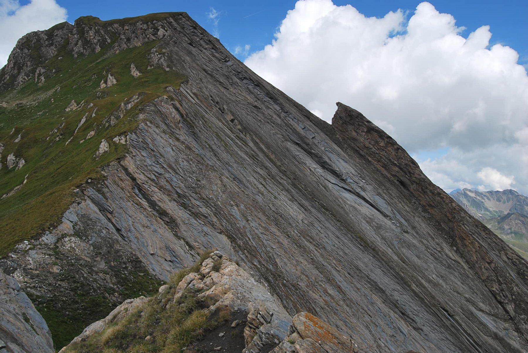 Immagine d'obbligo: l'impressionante placca rocciosa del Creton du Midi