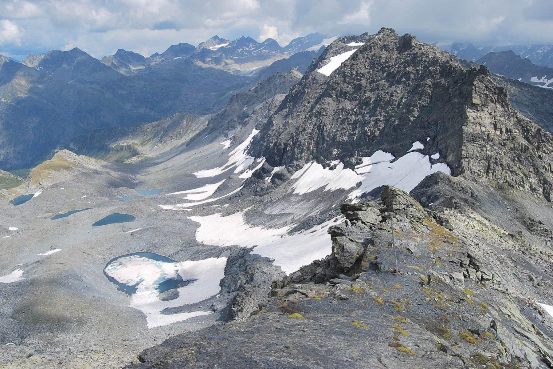 Colle del Gran Ghiacciaio, punte della Louie Blanche e Vallone di Ponteilles con i suoi laghi
