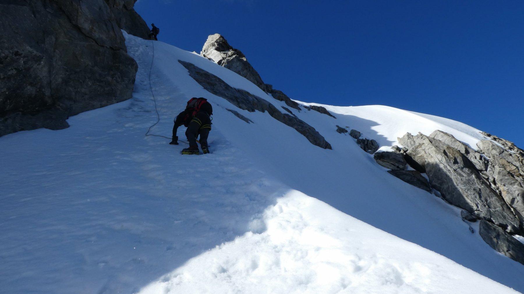 il ripido scivolo in discesa dalla quota 3933 m