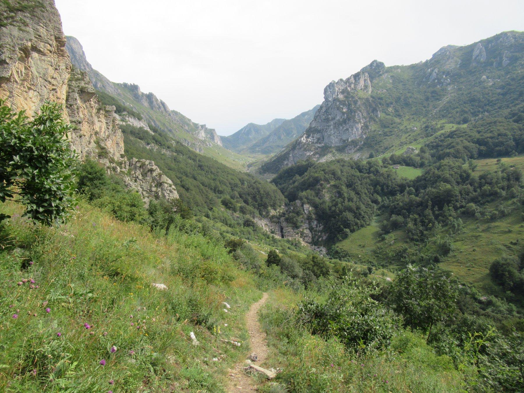Il sentiero dopo le Maire Savoia.