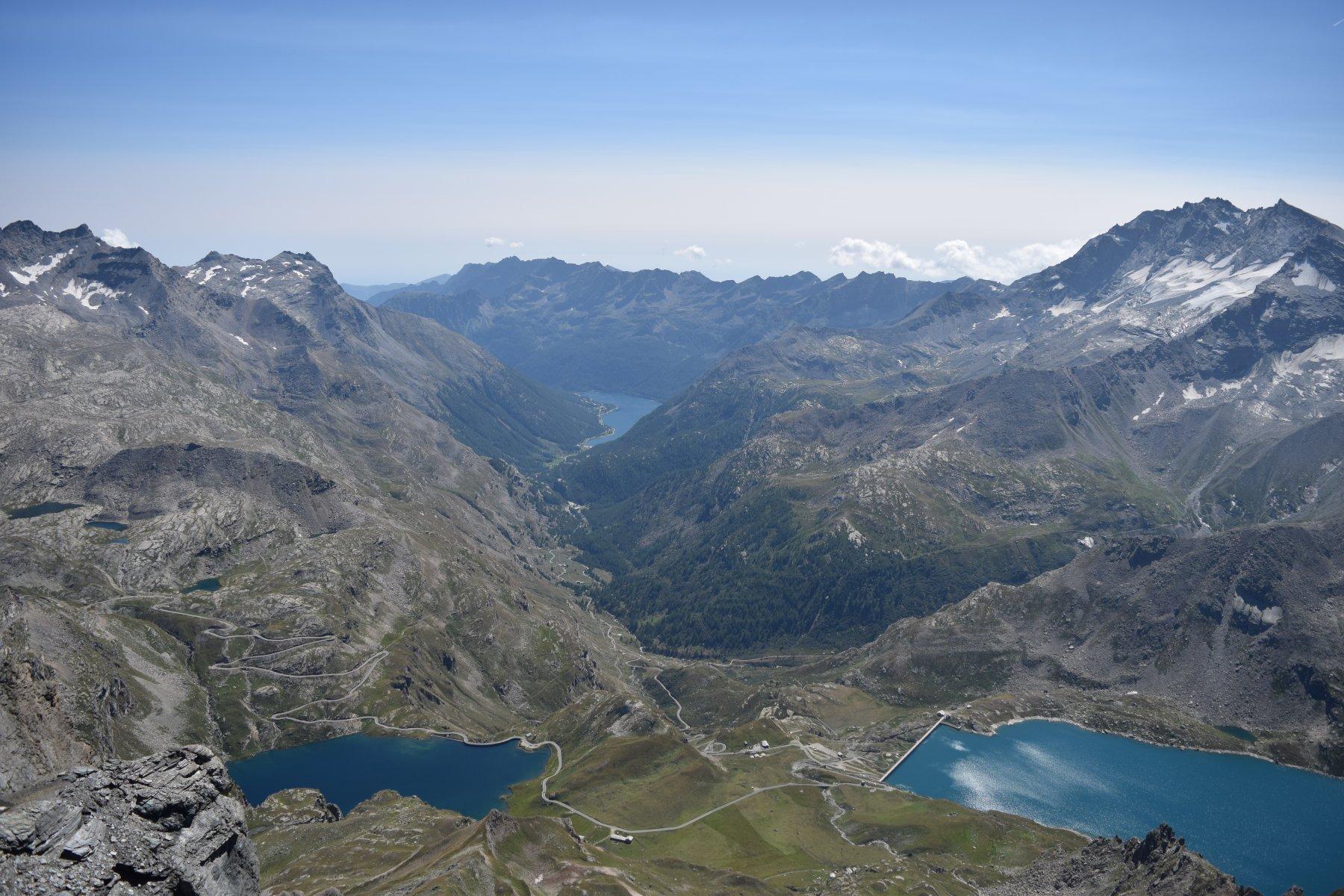 Panorama sui laghi (Lago del Serrù, Lago dell'Agnel e il Lago di Ceresole