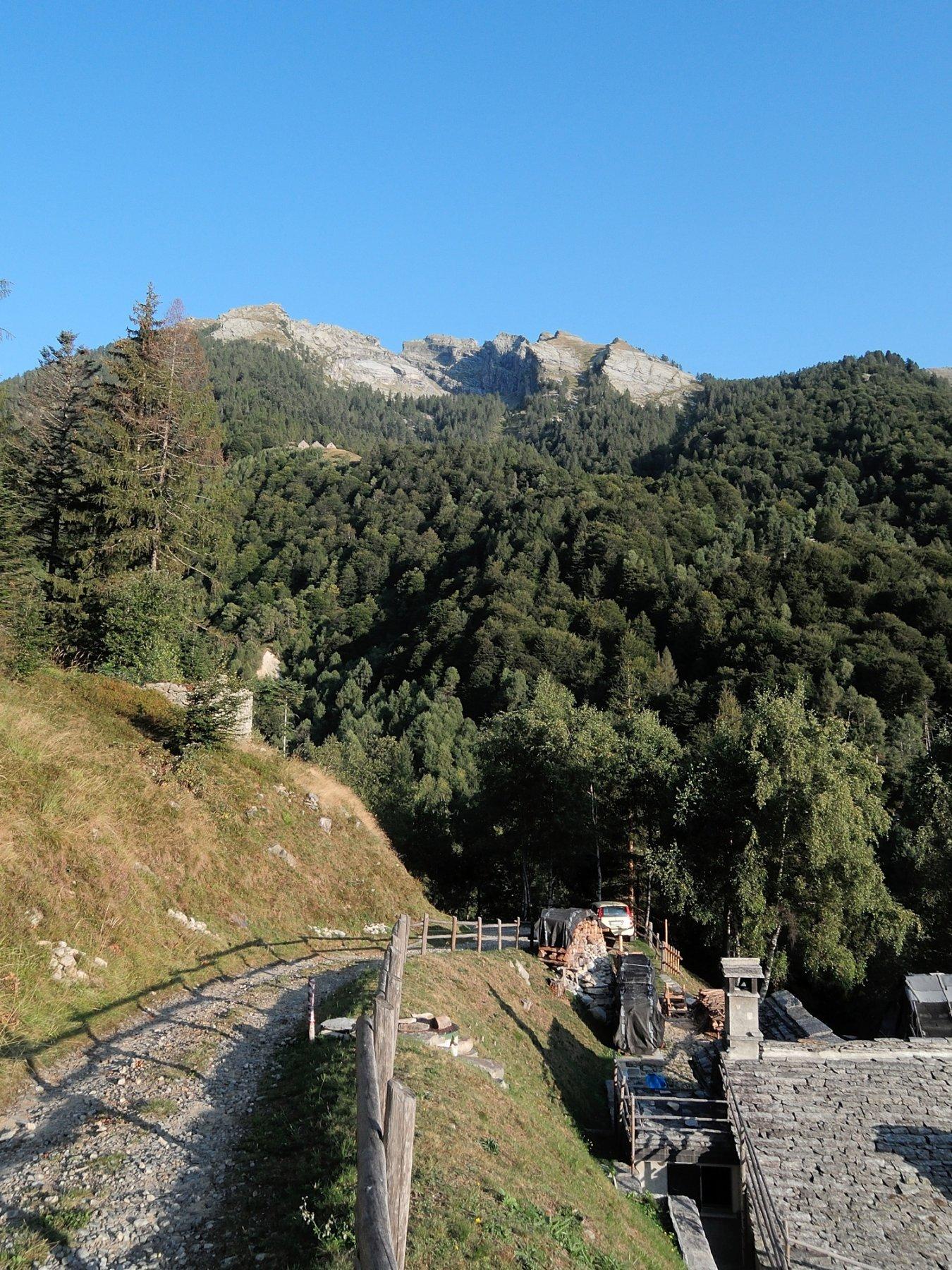 La Scheggia vista dalla strada per Alpe Cortino