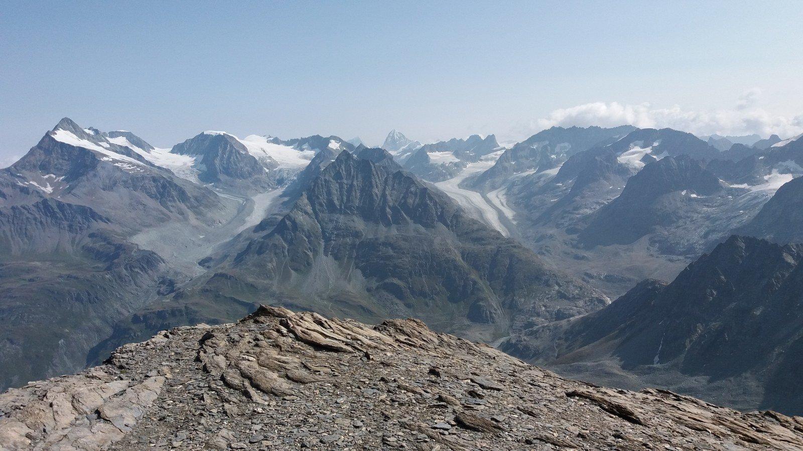 P.te d'Otemma al centro con il ghiacciaio de Brevay a sx e quello d'Otemma a dx