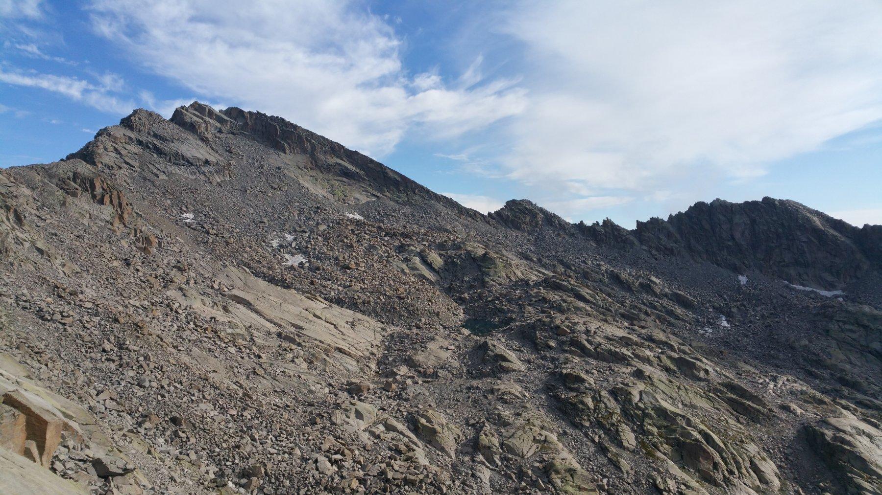 Punta Gialin e colletto Gialin visto dal colletto a sx del Passo del Moncimur
