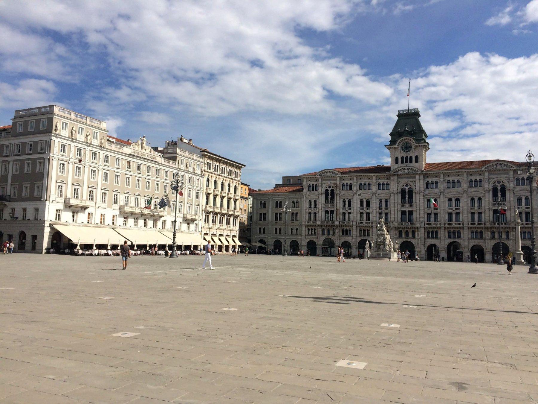 Trieste - Piazza unità d'Italia.