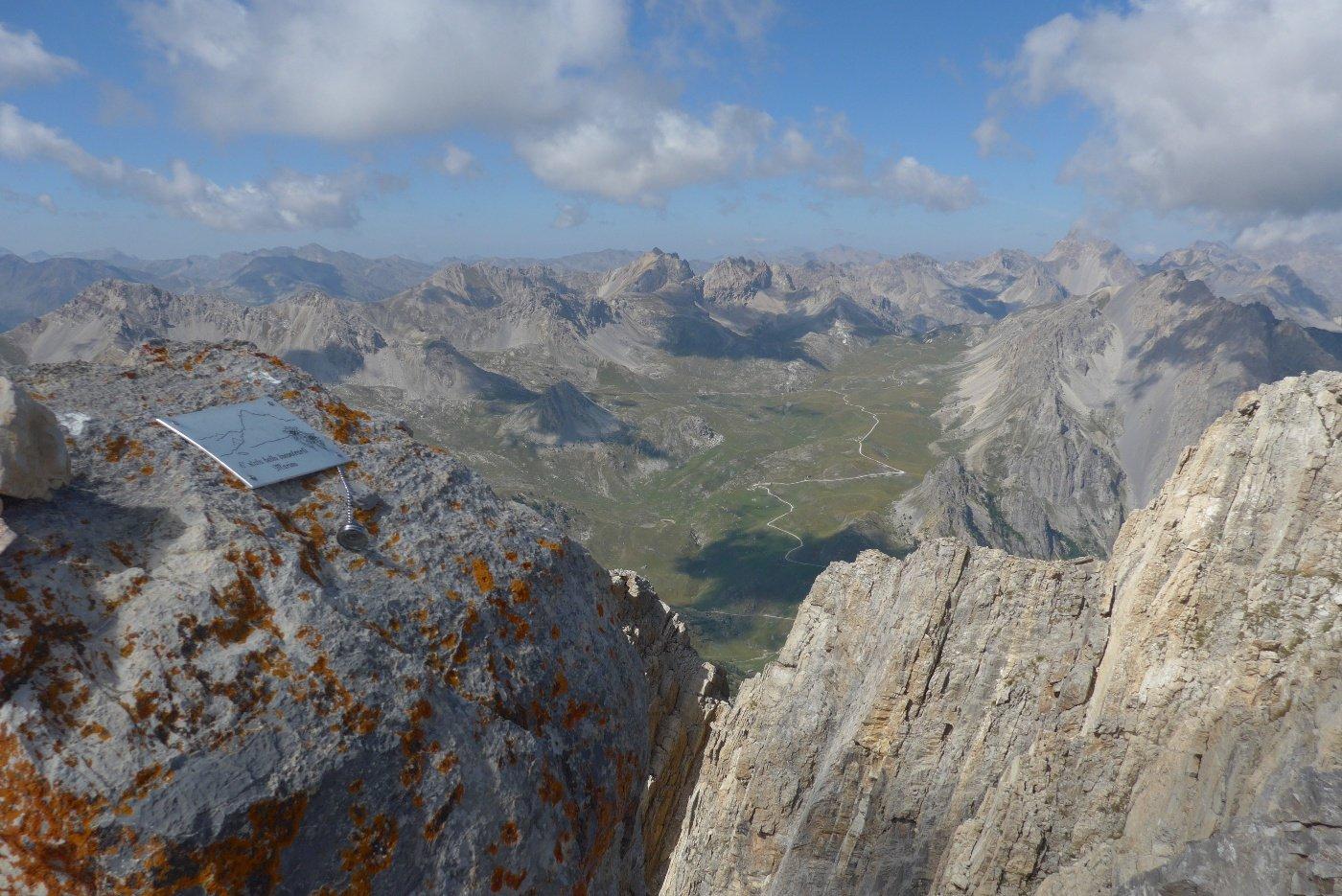 L'altopiano della Gardetta dalla cima