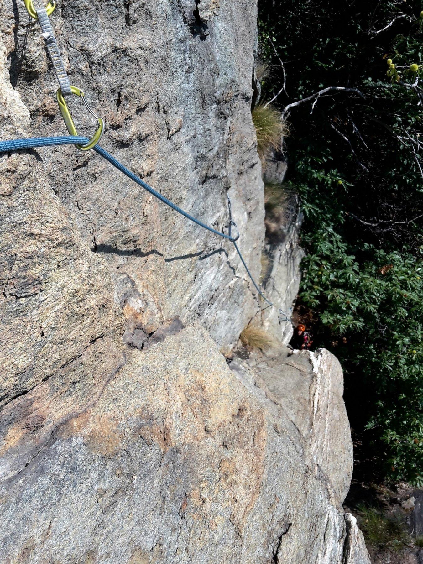 il delicato traverso del quarto tiro, visto da monte