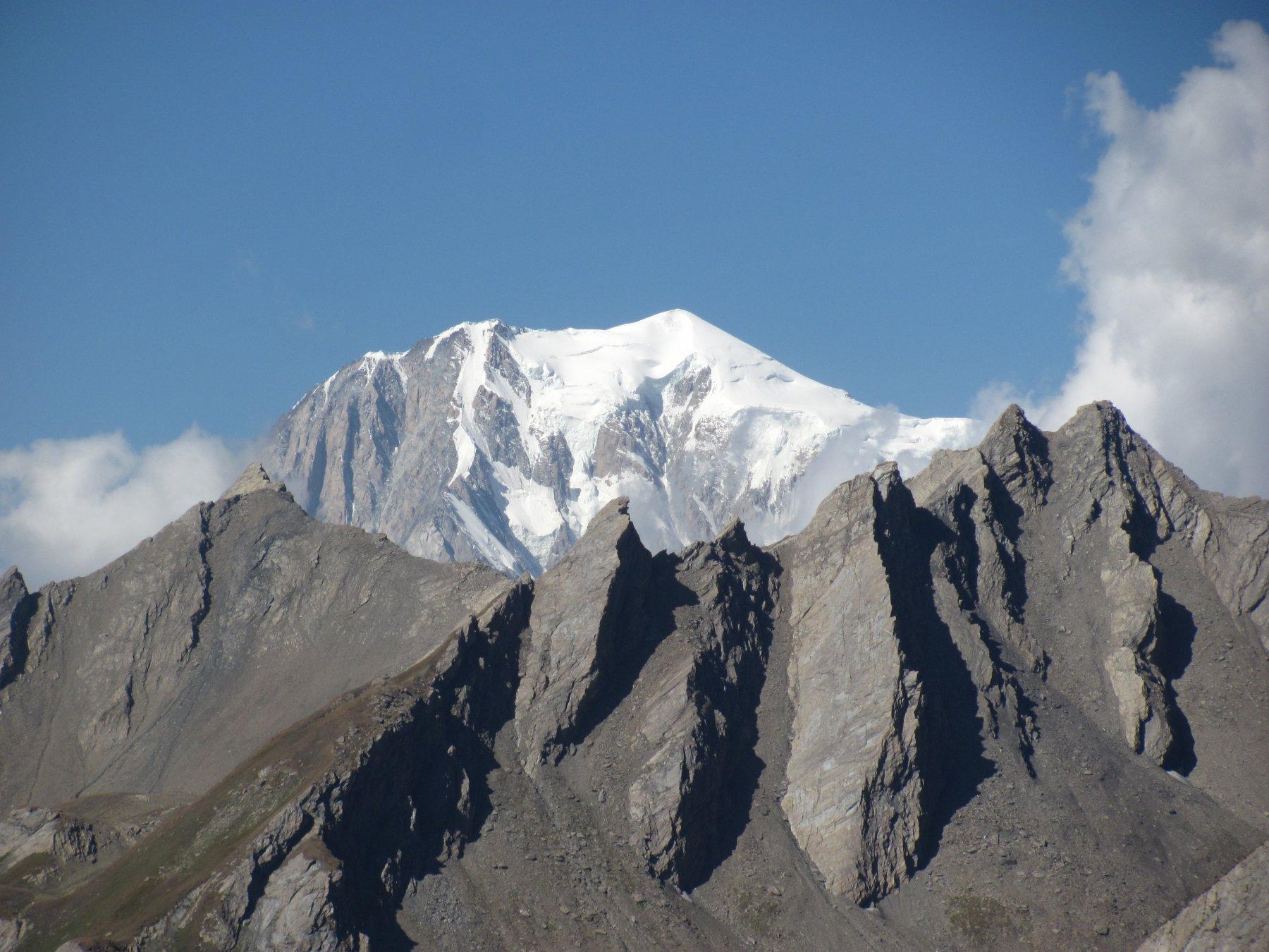 zoom sul Monte Bianco dalla cima