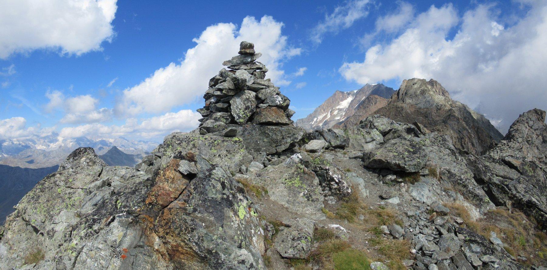 L'ometto in cima alla punta sud del Monte Chenaille