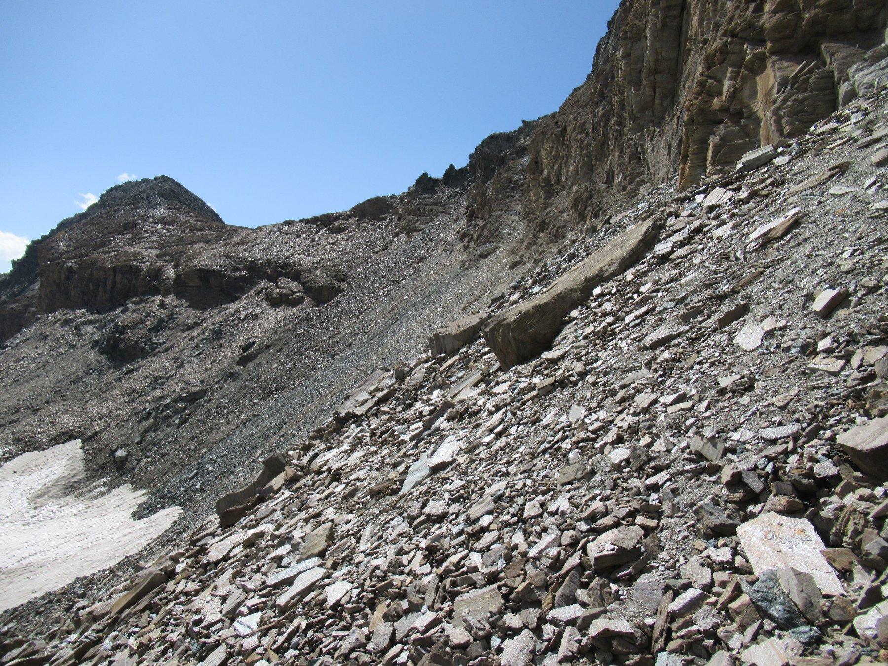 Il traverso dal Colle Leynir a quello di Bes.