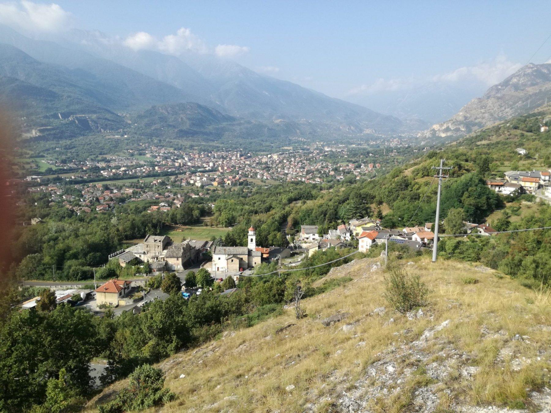 a fine ferrata risalito sentiero: punto panoramico su Val Susa
