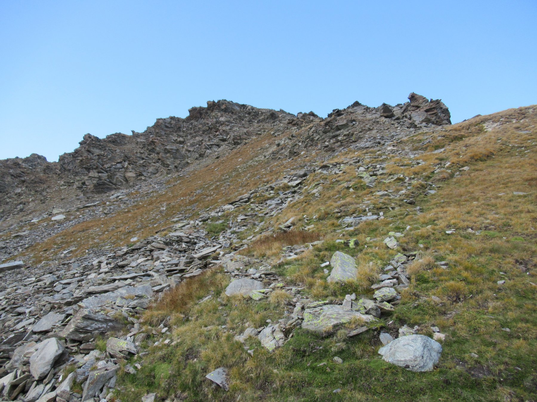 La cresta salita che porta direttamente alla Nord.
