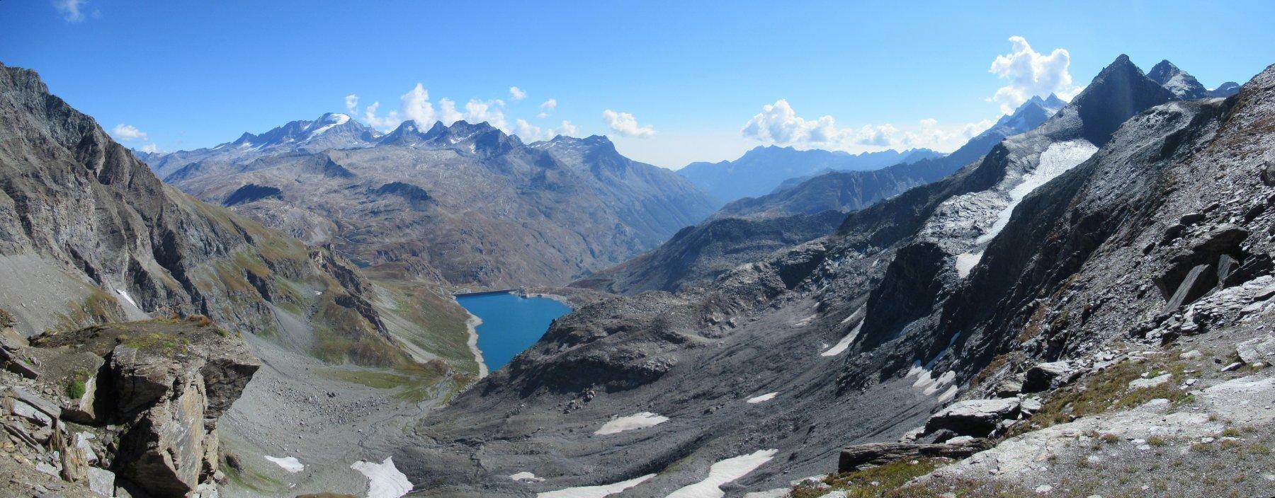 Panorama dal Colle sul versante italiano