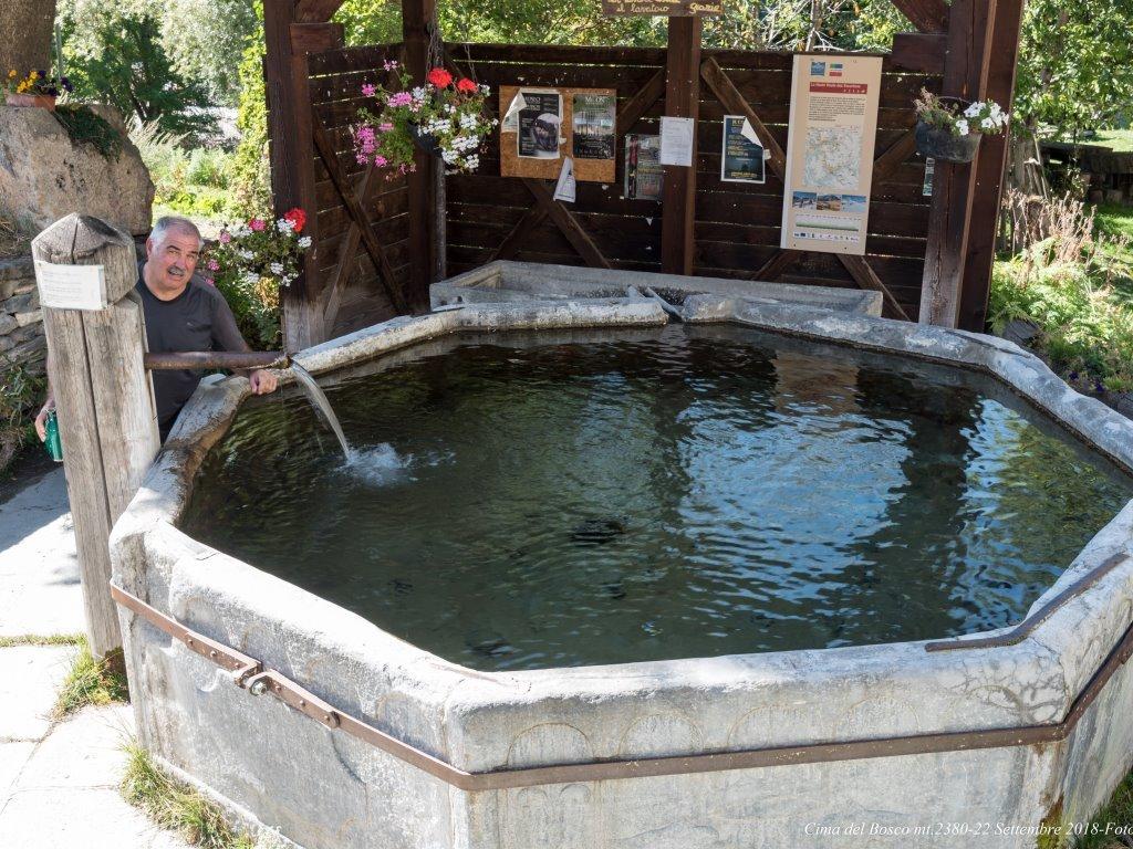 Fontana di Thures...
